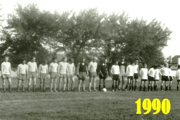 1990_002