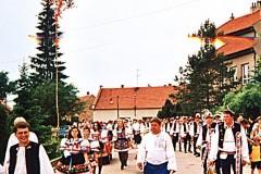 1999_001